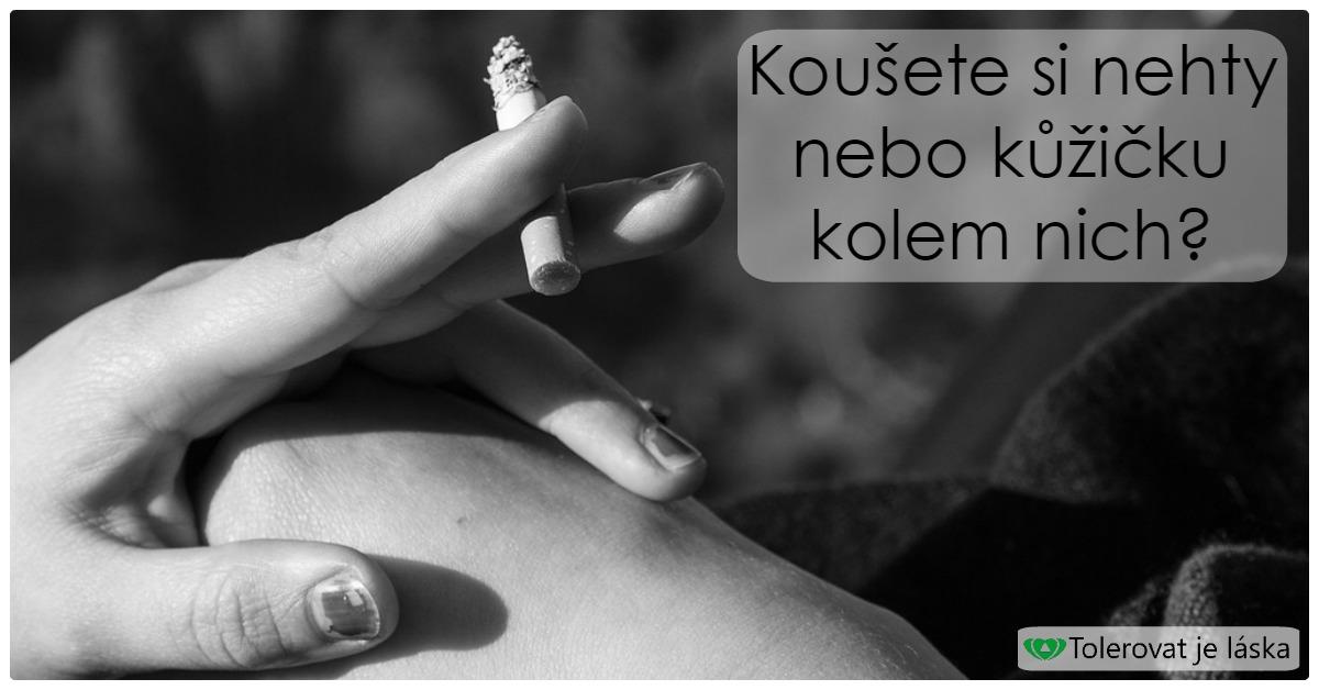 Koušete si nehty nebo kůžičku kolem nich?